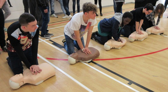 First Aid Training wins Councillor's Support