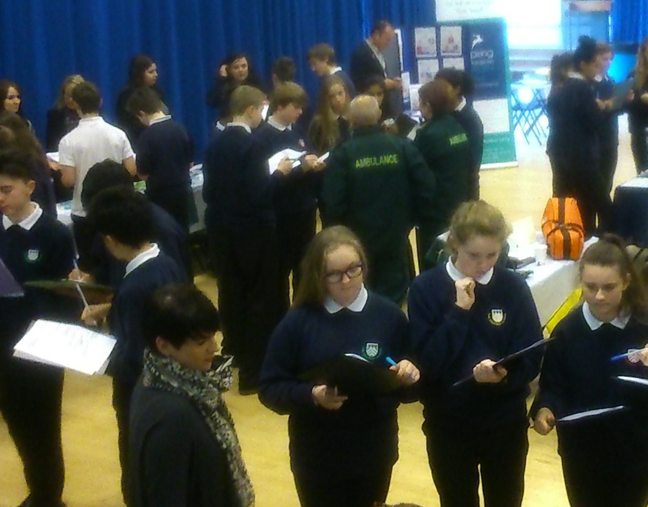 Students of Highfield School, Letchworth Garden City speed network with employers