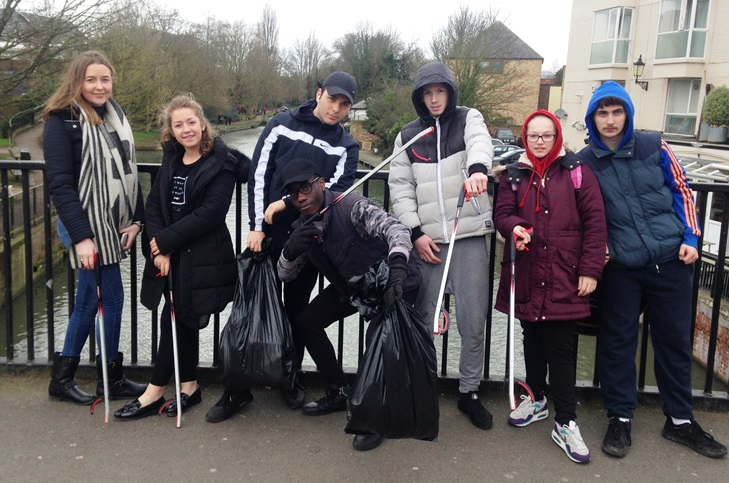 Young people 'Clean for the Queen' in Ware
