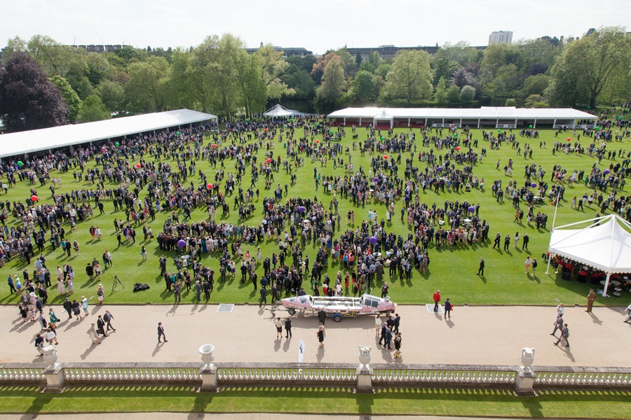 Youth Connexions received award for DofE success at Buckingham Palace