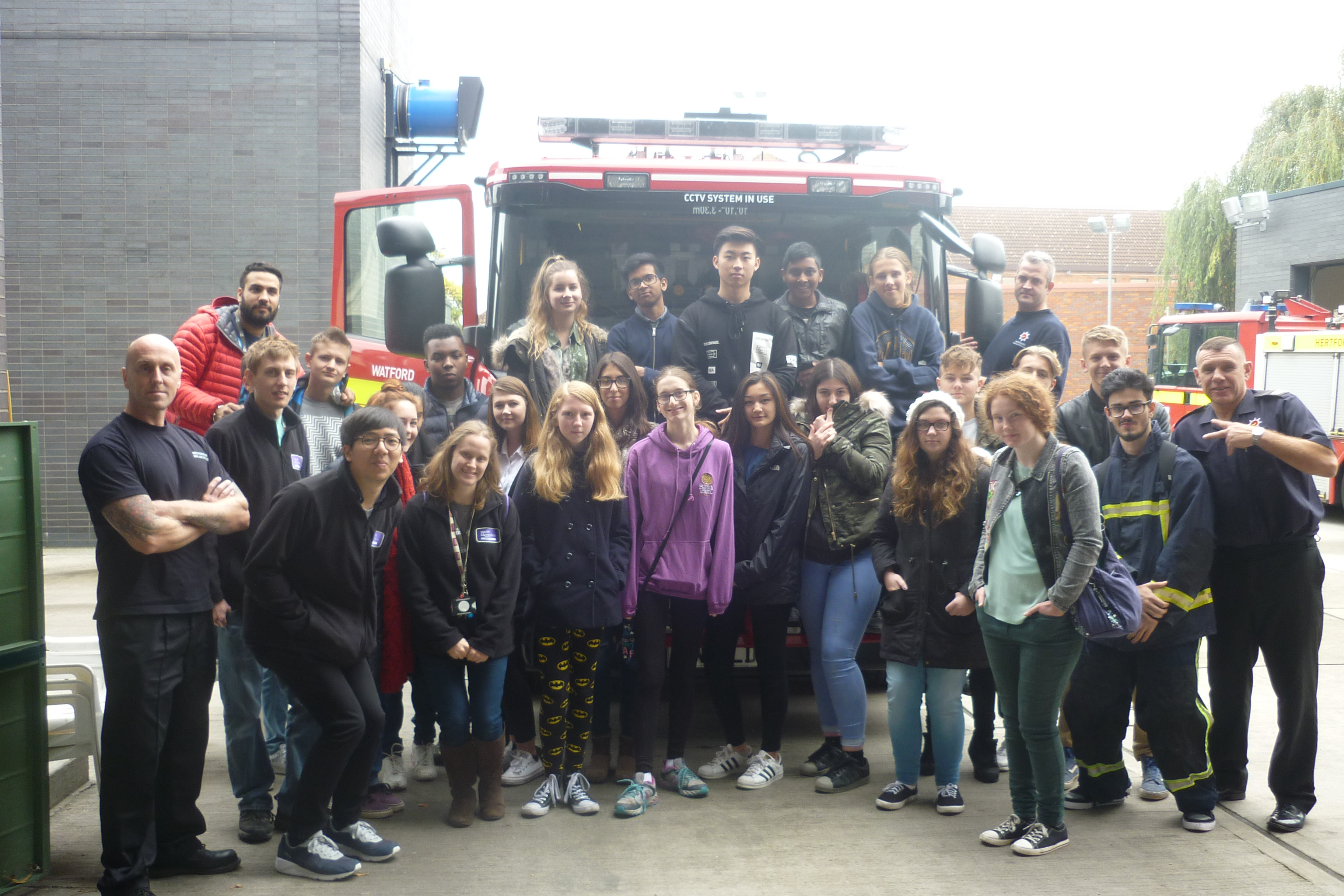 Young people from Watford and Three Rivers show support for care leavers at Christmas as part of National Citizen Service (NCS)