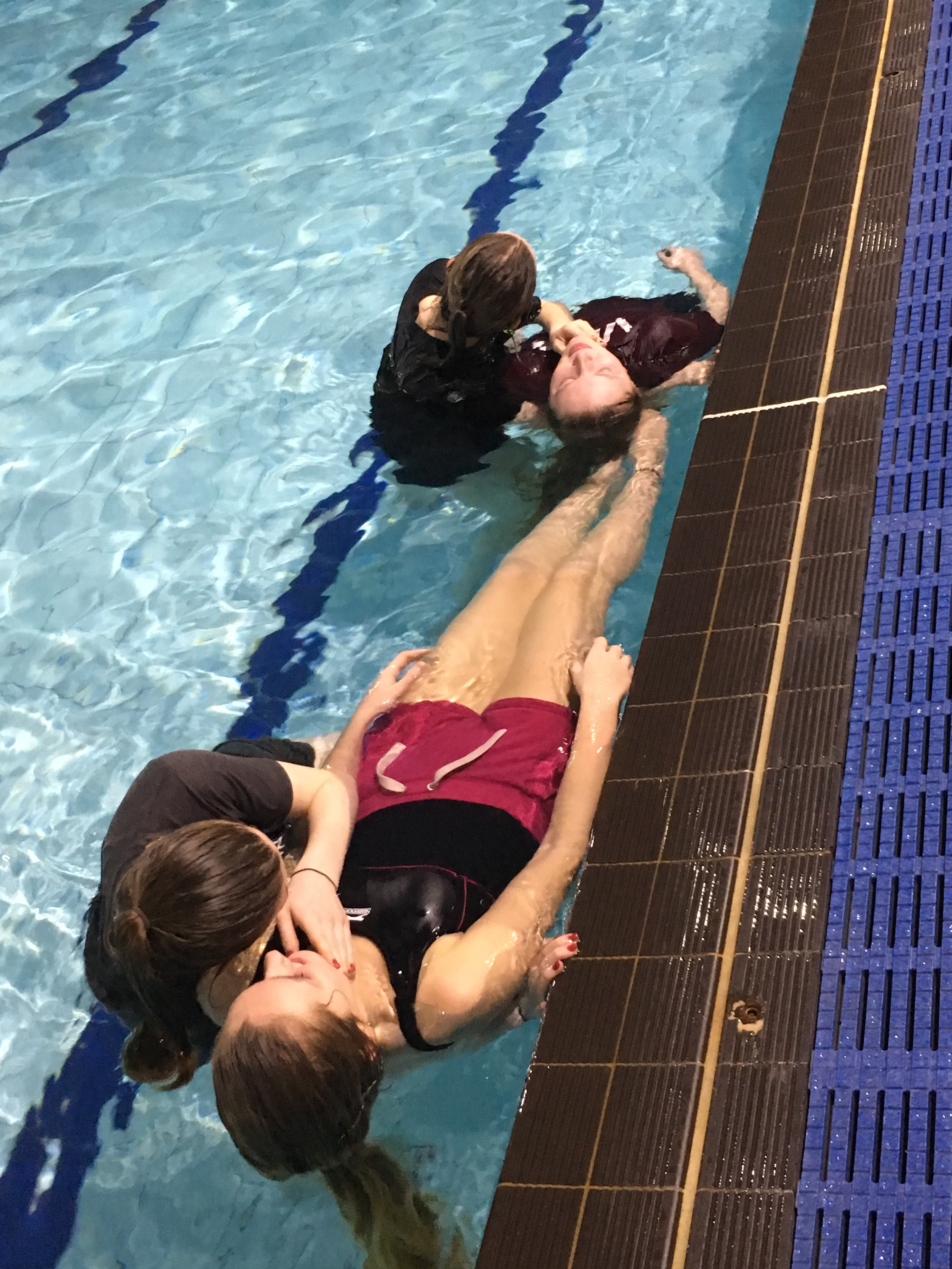 Young people dive in to lifeguarding programme in South Oxhey