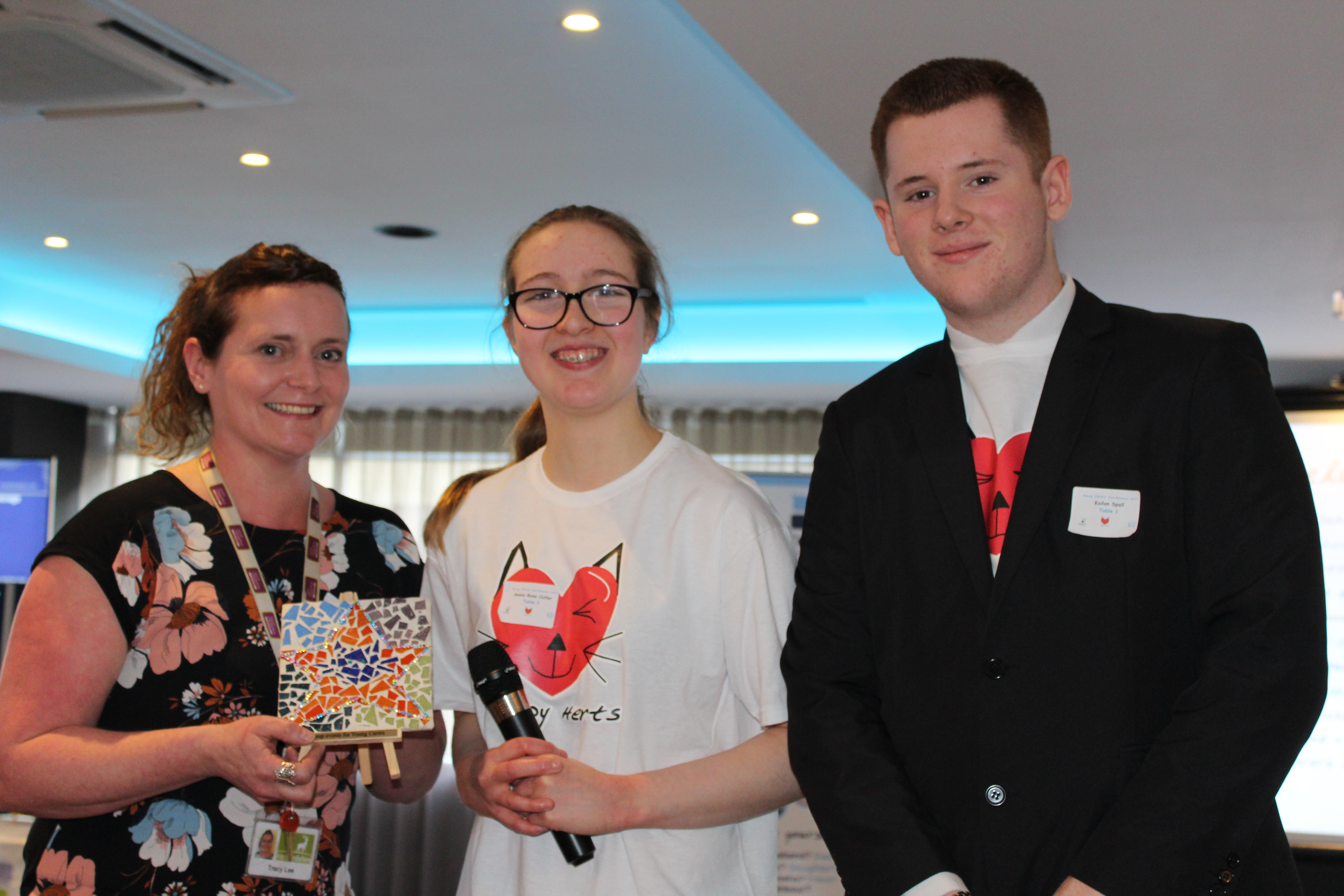 Youth Connexions Hertfordshire youth worker wins award at the 2017 Young Carers Conference