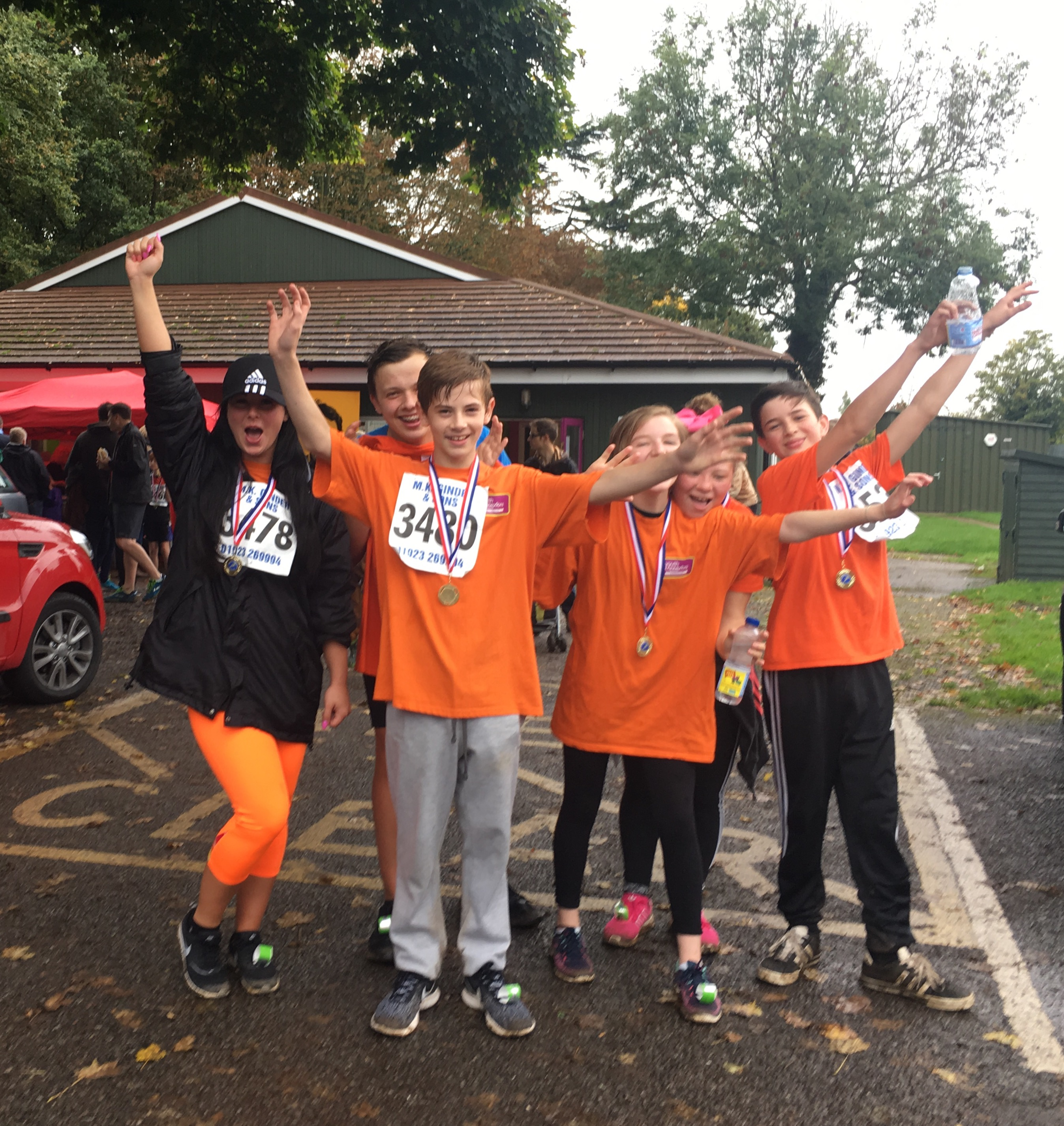 Young People from Three Rivers support Abbots Langley 'Tough Ten' race