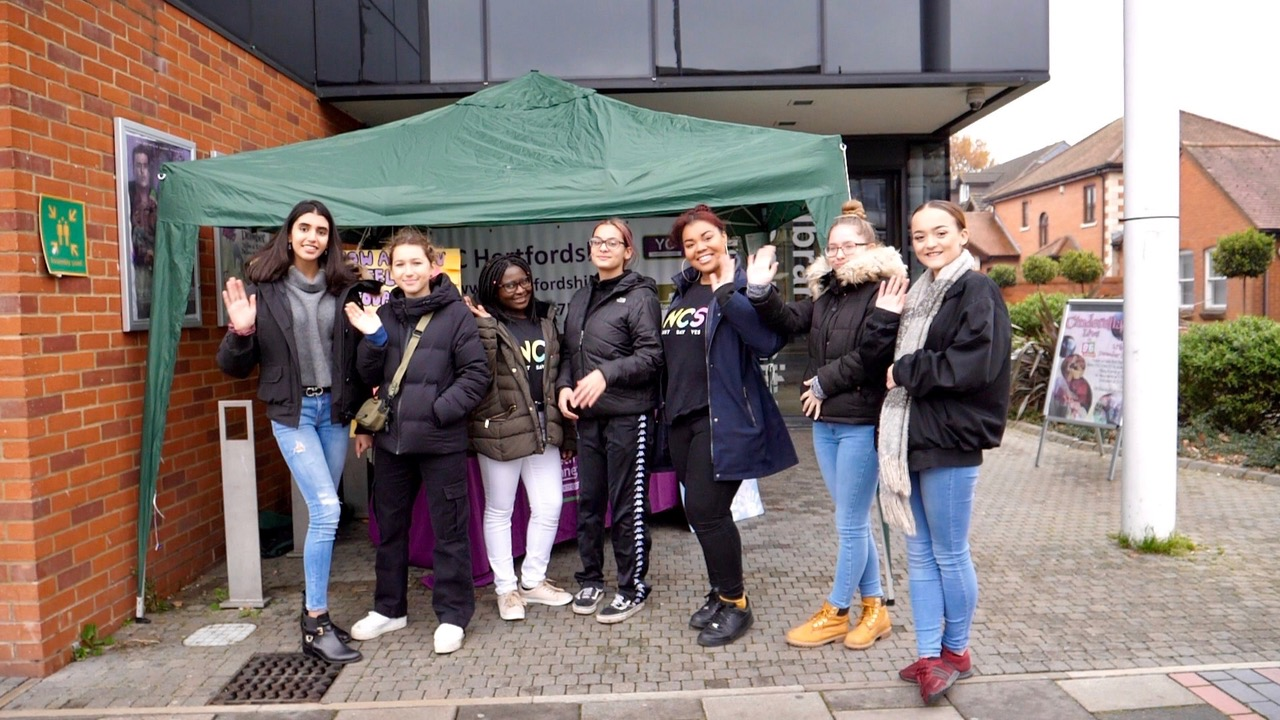 Hertsmere Young People Support the Community